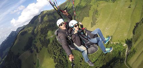 Gruyère Moléson Charmey hike and fly Guides de montagne Vol biplace en parapente en Gruyère charmey moléson