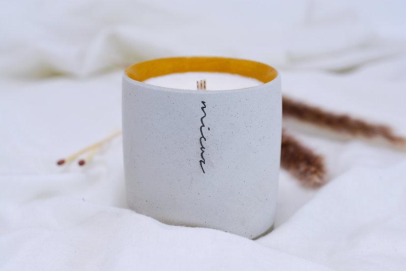 Amber & Sandalwood Candle