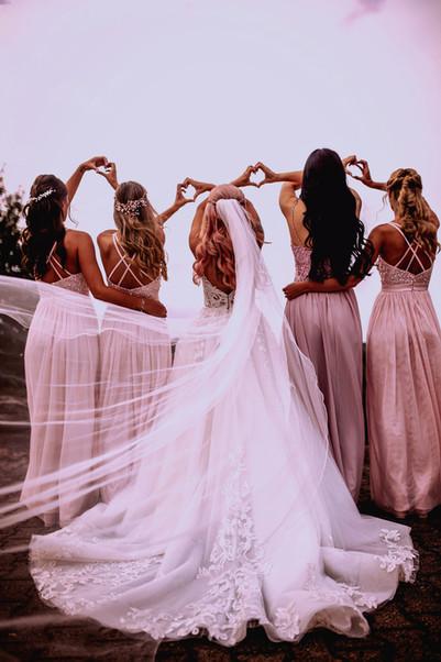 Mallorca Destination Wedding Hochzeit Soest Brautkleid Apfelbaeckchen Fotografie