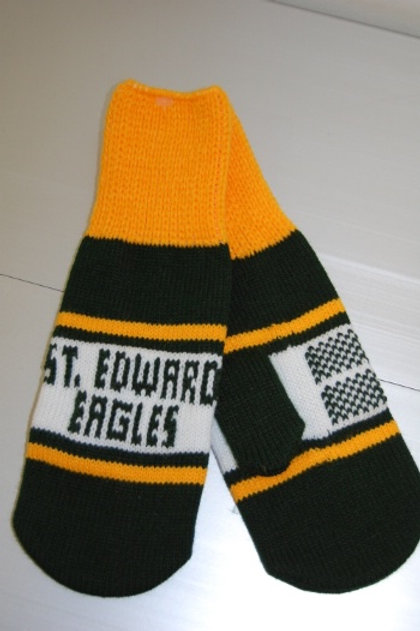 Knit St. Edward Eagle Mittens