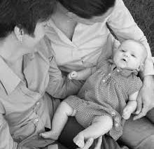 Pourrions-nous bientôt toutes faire un bébé ? PMA : le nouveau débat.