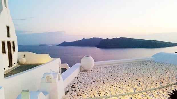 Santorini pot final.jpg