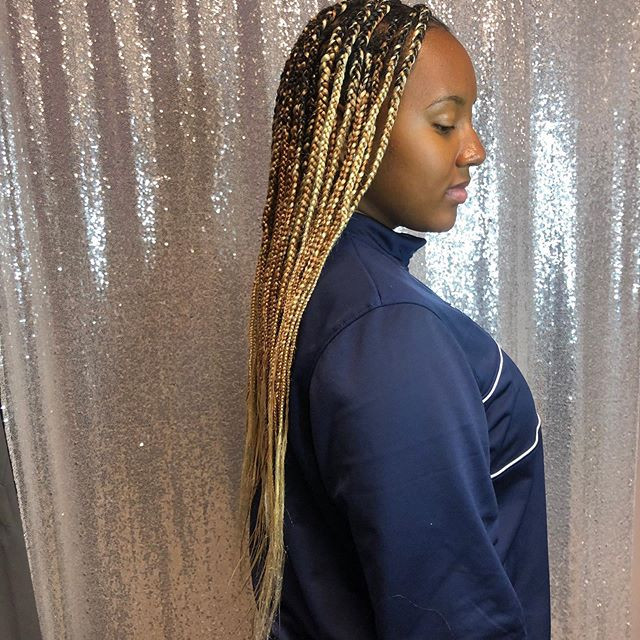Knotless braids by _sharahyashannel #kno