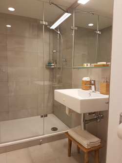 2nd bathroom 1st floor