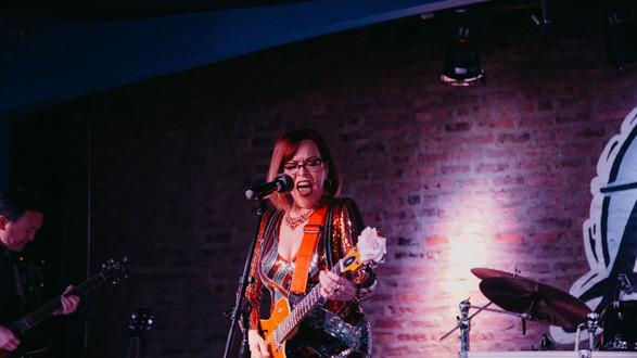 Liz.Guitar.RP.jpg