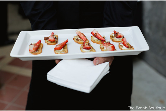 appetizers and finger foods, strawberry crostini