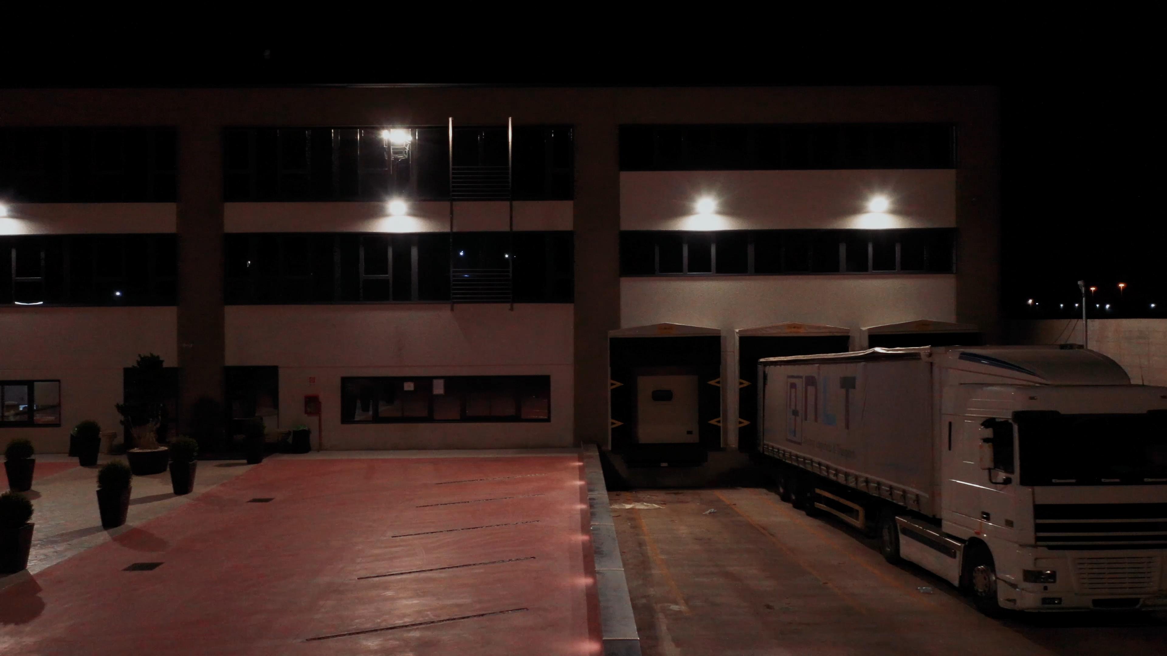 Nuova Logistica & Trasporti 26