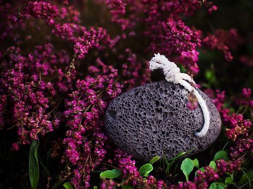 Naturalny kamień pumeksowy z lawy wulkanicznej