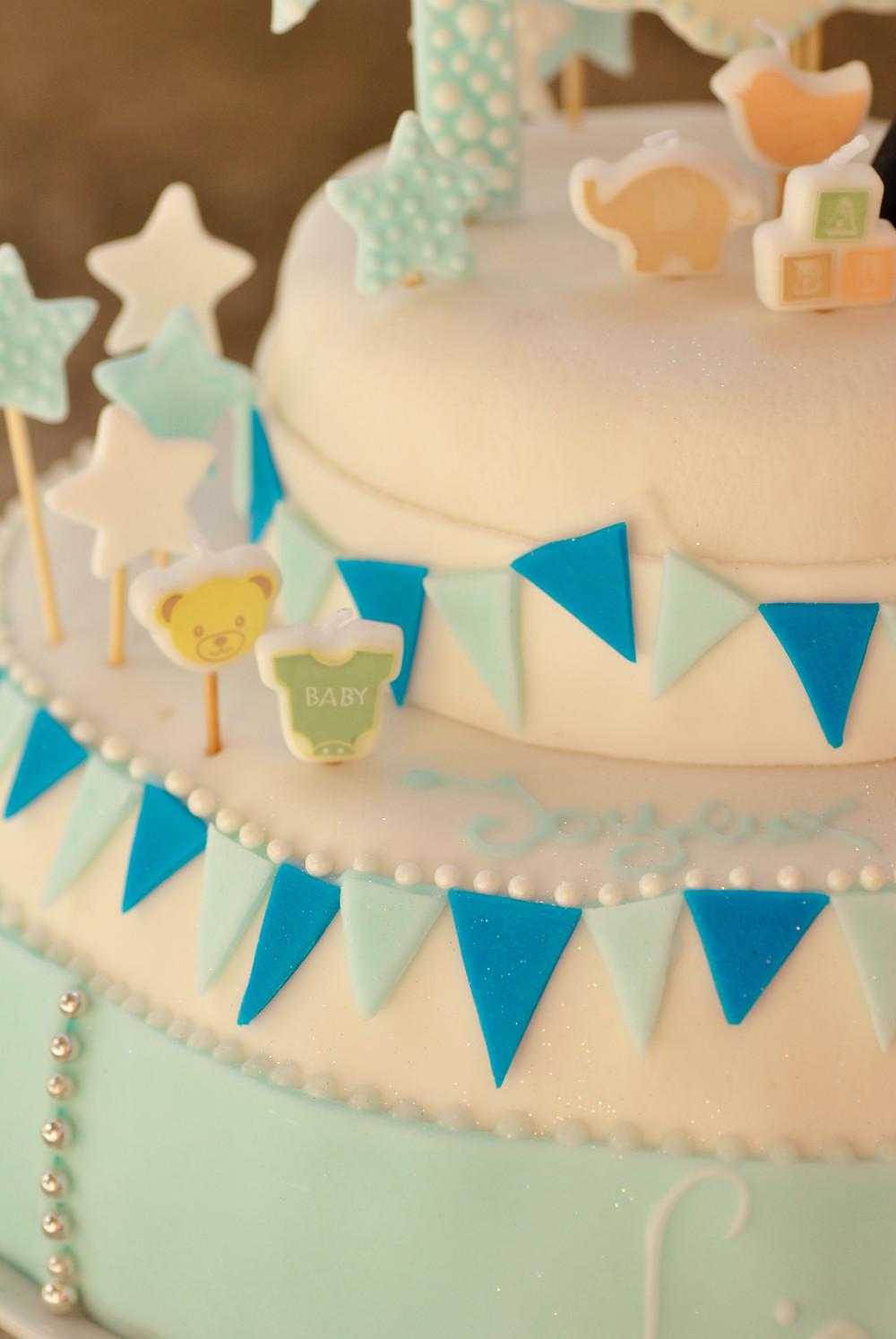 Gâteau à étage, anniversaire