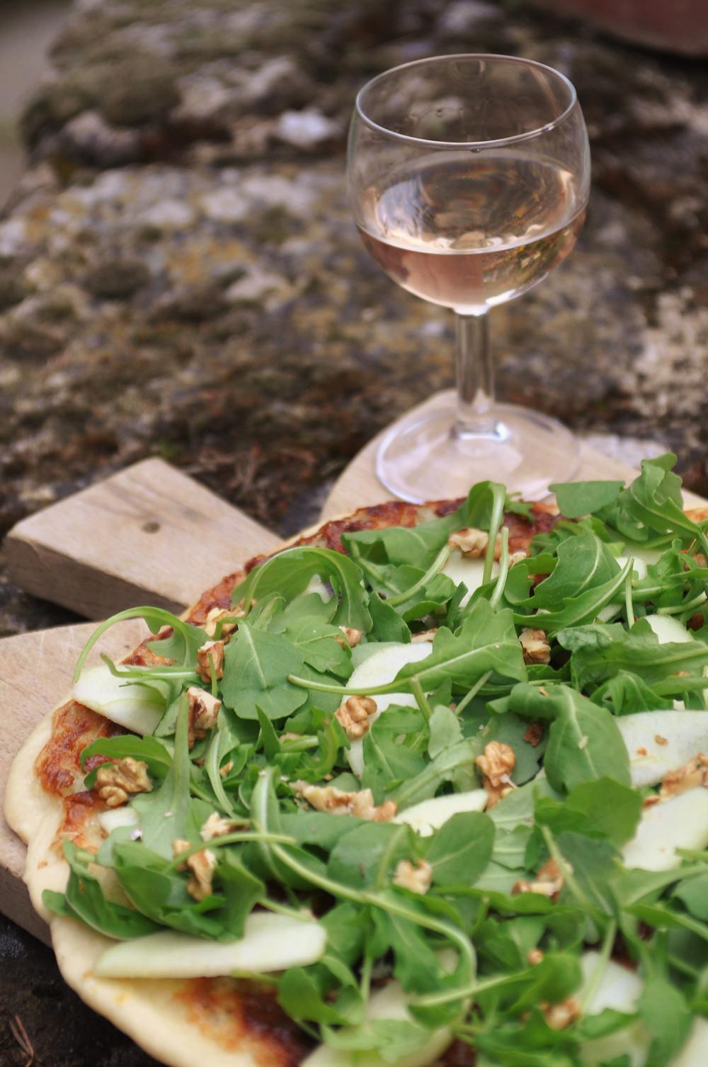pizza mascarpone roquefort roquette noix pomme