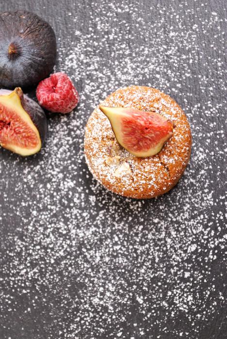 PETIT CAKE VANILLE - NOISETTE & SON CŒUR FIGUE - FRAMBOISE *