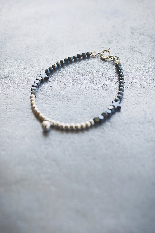 The Silver and black Beads Brecelet