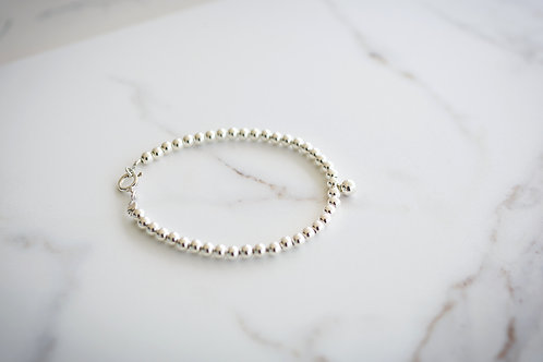 The Silver Beads Brecelet
