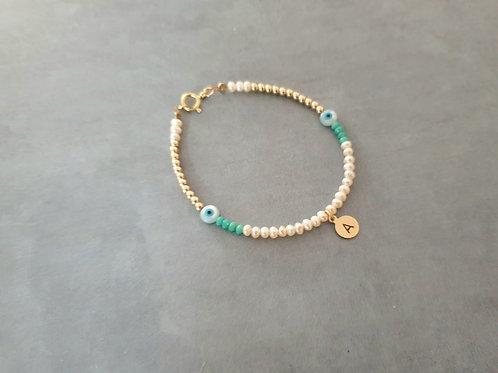Eyes Gold Bracelet with letter