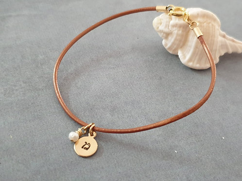 Brown Leather Bracelet with round pendant