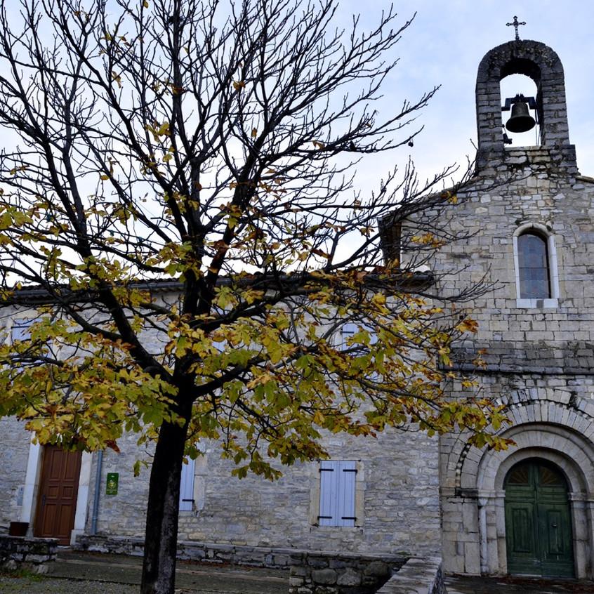 Son église du 11ème siècle