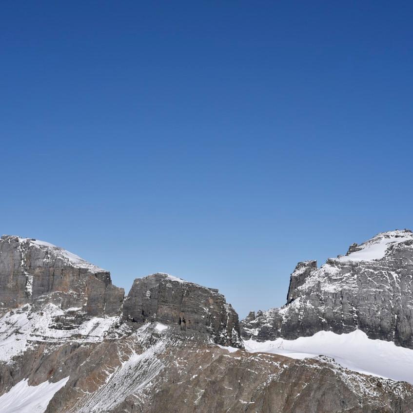 Au sommet, vue sur le G. Spannort