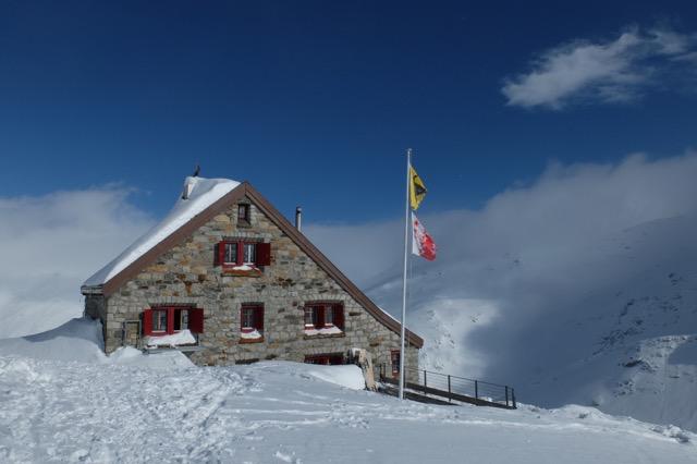 La cabane (en photo)