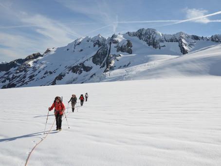 Traversée des glaciers l'été, entre Susten et Grimsel