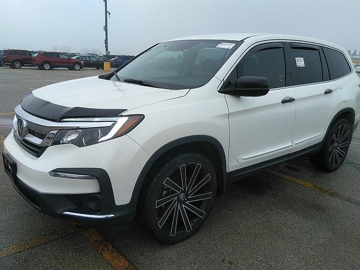 LOT 085627 - 2019 Honda Pilot AWD LX