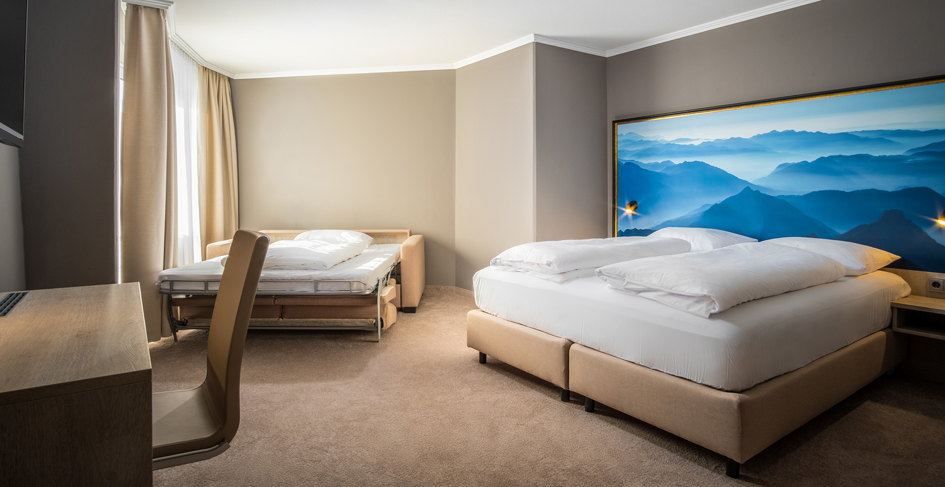 AWA Hotel - Suite for up to 4 people
