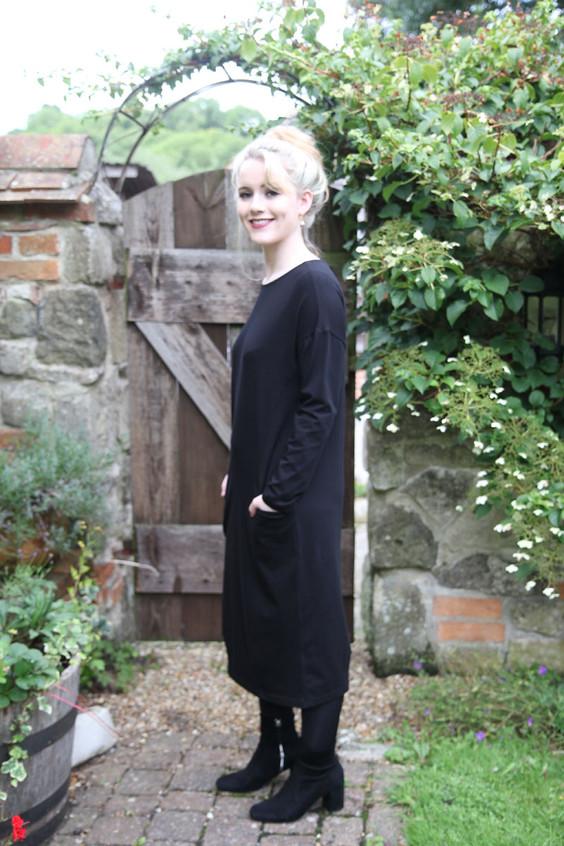 Mama-sur-dress-black-2