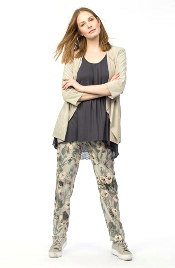 Myrine-muguet-model