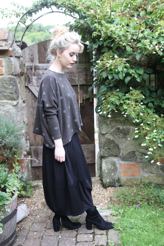 Mama-B-Jul-skirt-black