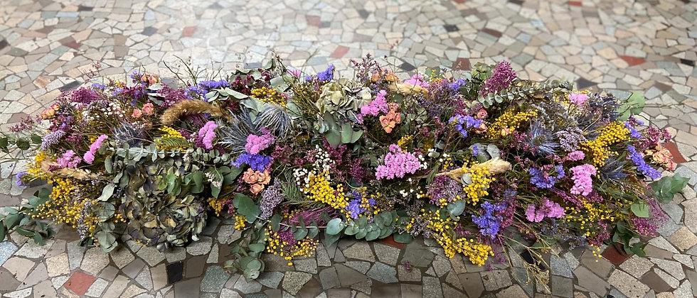 Dessus de cercueil fleurs séchées