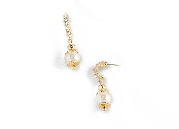 N&B Pearl Color Post Earrings