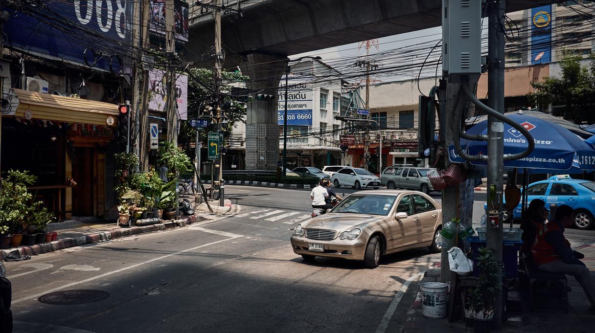 235_Mercedes_Bangkok_jensr.jpg