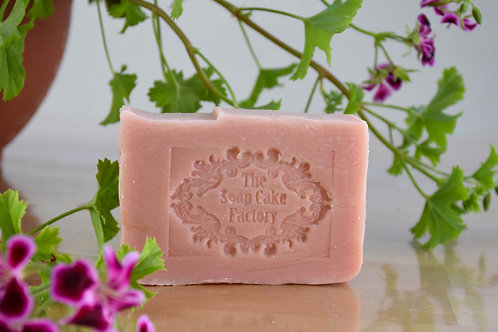 Geranium soap from olive oil