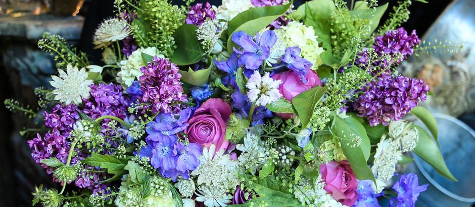 【今日の花物語】紫、青、白、グリーンのシャンペトルブーケ