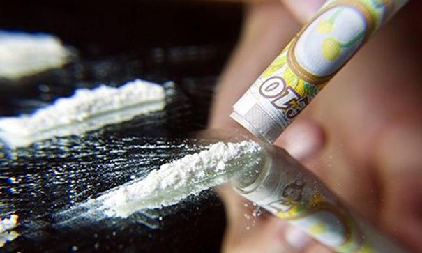 lines-of-cocaine.jpg