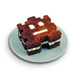 retro_arcade_cake_mould_hi_res_3