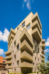Immeuble et ses balcons