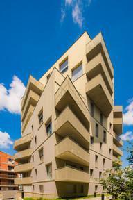 Vue en double perspective immeuble et balcon