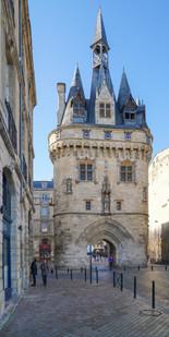 La porte Cailhau Bordeaux