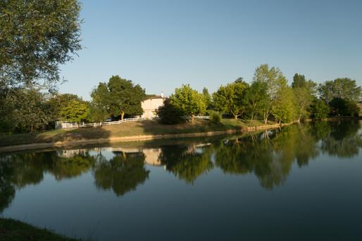 La ferme du Lac dans le Gers