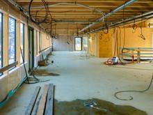 Vue en cours de chantier d'un bâtiment ossature bois