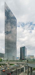 Immeuble ou nuages ?