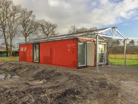 Maison container en cours de construction