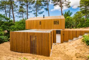 La villa des dunes dans son écrin de verdure