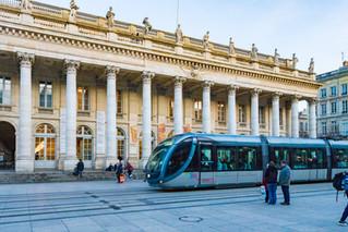 Le Grand Théâtre et le tram