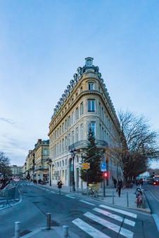 Immeuble triangulaire sur Bordeaux en Gironde Nouvelle Aquitaine