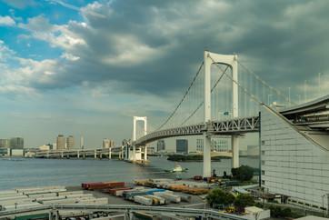 Le pont de la baie de Tokyo