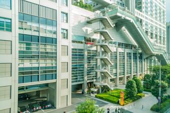 Escaliers en façade à Tokyo