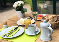 Baerlaghof Frühstück 1.JPG