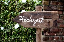 Baerlaghof Hochzeit Schild.jpg