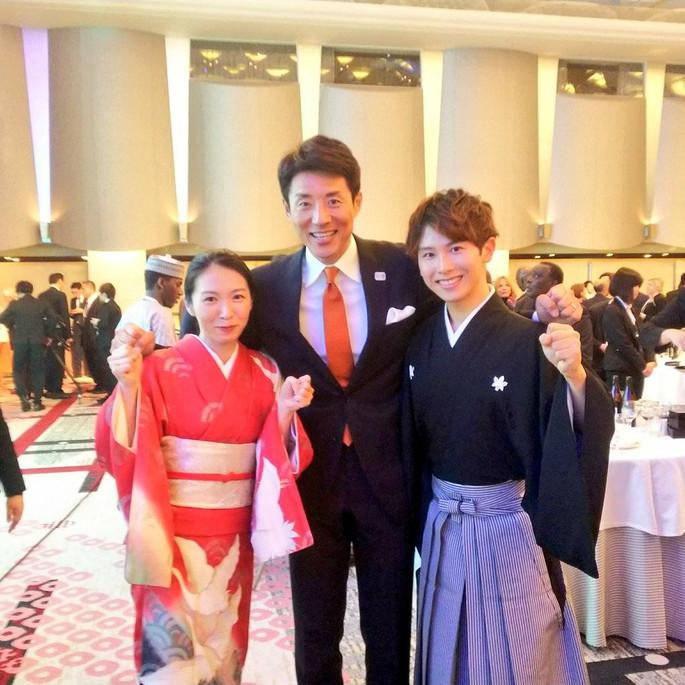 オリンピック関係のイベントにて演奏した際、司会の松岡修造さんとの一枚。